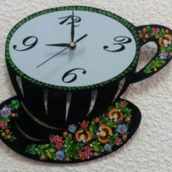 Ранок за чашкою кави